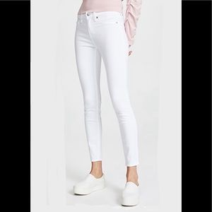7 For All Mankind Skinny Ankle Jeans 👖 Size 32 💕